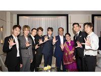 ea08eaa0 44e0 4557 94ca f387bee8774b 43 - Senyum Semringah Super Junior Foto Bareng Jokowi