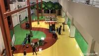 <p>Ada ayunan dan area bermain yang bisa dimanfaatkan murid-murid saat istirahat. </p>