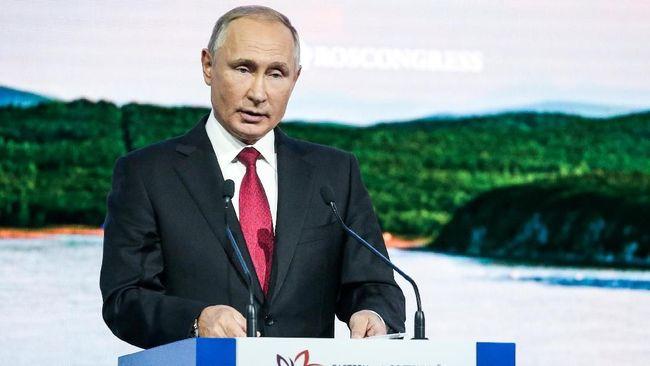 Vladimir Putin keputusan AS memblokir Huawei tidak hanya menekan bisnis perusahaan asal China itu, tapi juga memperkeruh hubungan dagang AS-China.