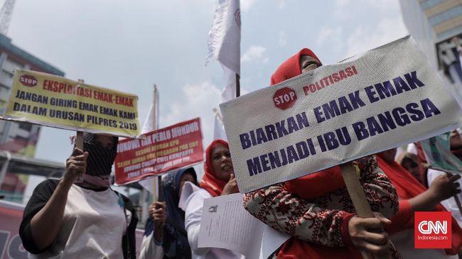Koalisi Perempuan Indonesia menyayangkan penggunaan jargon emak-emak dan isu kenaikan harga bahan pokok di Pilpres 2019 karena mendegradasi peran perempuan.