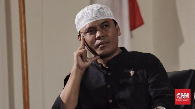 Gus Nur menghadapi sidang putusan dalam kasus pencemaran nama baik terhadap Nahdlatul Ulama melalui video yang diunggahnya, jalan ditutup di sekitar Pengadilan.