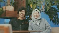 <p>Mohammad Tria Ramadhani atau yang lebih dikenal Tria 'The Changcuters' dan Dhatu Rembulan menikah sejak Oktober 2012. (Foto: Instagram/dhaturembulan)</p>
