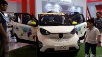 Permalink to Mobil Listrik Wuling Sedot Perhatian Warga Surabaya