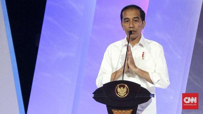 PSI menilai Jokowi belum berani tegas melindungi minoritas di Indonesia, salah satunya terlihat dalam kasus Ahmadiyah yang masih terkatung-katung.