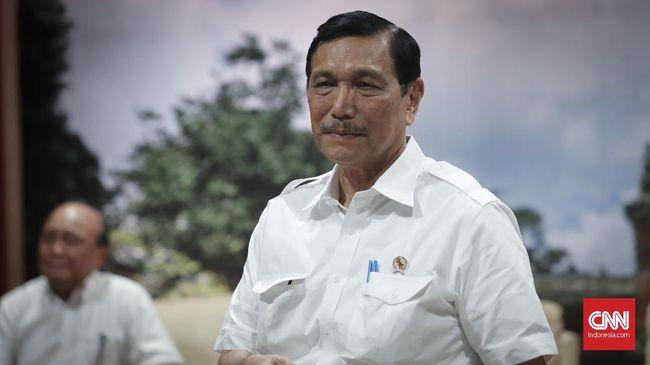 Menko Luhut mendapat amanat dari Presiden Joko Widodo untuk membentuk gugus tugas pengawal implementasi UU Cipta Kerja di lapangan.