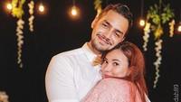 Jonas Rivanno dan Asmirandah bermain bareng di sinetron terbaru berjudul Cinta Suci. (Foto: Instagram @asmirandah89)