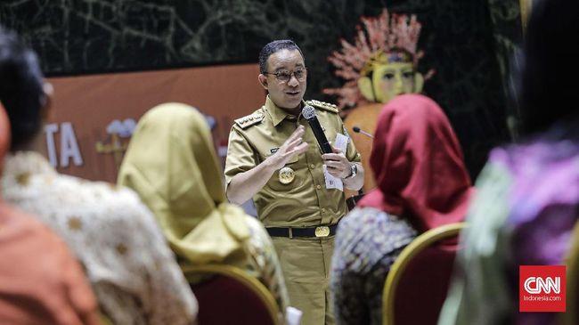 Pemprov DKI menurut Anies memberi dukungan pada seniman, anak muda hingga generasi tua. Apalagi Ratna menurut Anies pernah jadi Ketua Dewan Kesenian Jakarta.