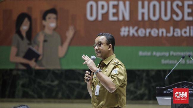 Karena mendengar kabar penjualan mobil bekas naik 15 persen, Gubernur DKI Jakarta Anies Baswedan mengatakan perluasan sistem ganjil genap tak efektif.