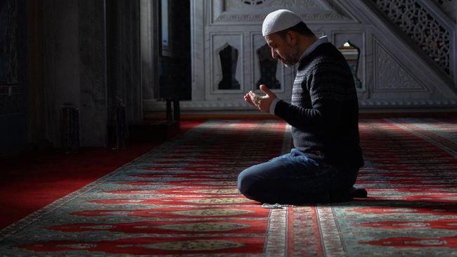 Puasa Ayyamul Bidh menjadi salah satu ibadah sunat bagi umat Muslim. Puasa ini memiliki banyak keutamaan.