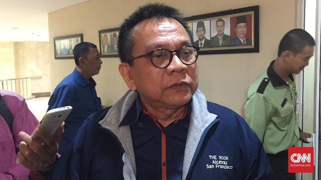 Taufik berencana mencabut semua laporan terhadap KPU DKI karena namanya telah masuk dalam daftar calon tetap Pemilu 2019.