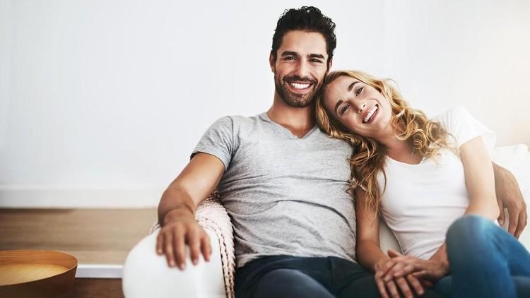 Sst, 6 cara ini bisa Bunda dan suami terapkan untuk mencapai pernikahan yang langgeng dan bahagia lho. Simak Yuk.