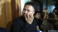Netizen Ungkap Kejanggalan Dalam Penggerebekan Vicky Prasetyo