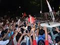Relawan Gaungkan 'Jokowi Satu Kali Lagi' di KPU