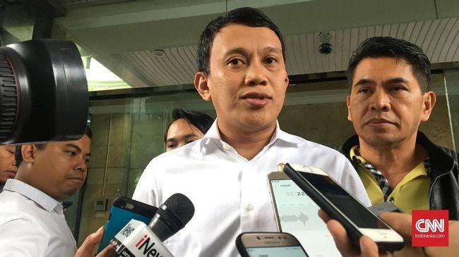 Kubu Jokowi-Ma'ruf Amin menilai pihak Prabowo Subianto-Sandiaga sedang membangun citra sebagai korban ketidakadilan dengan mengaku tengah dikepung.