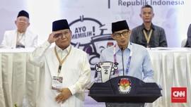 Prabowo Senang Nomor Dua, Sandi Sebut 'Peace and Victory'