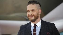 Tom Hardy Diklaim Akan Gantikan Daniel Craig Jadi James Bond