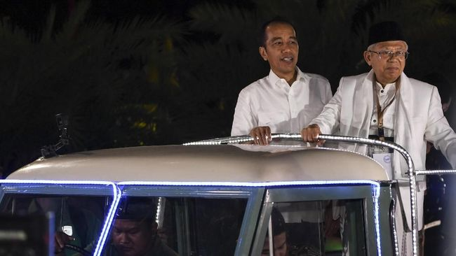 Meski Jabar dikenal sebagai 'kandang' suara Prabowo, Ma'ruf Amin dan jubir TKN Jokowi-Ma'ruf optimistis suara untuk mereka bisa tinggi, didukung ulama setempat.