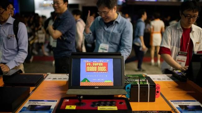 Dalam Tokyo Games Show yang digelar tahun ini yang menjadi bintang penarik perhatian pengunjung ternyata adalah gim-gim jadul yang tak lagi bisa dimainkan.