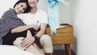 Gya yang merupakan sepupu Raffi Ahmad ini berpacaran dengan Tarra selama 7 bulan sebelum akhirnya mantap melangkahkan kaki ke pelaminan. (Foto: Instagram/tarrabudiman)