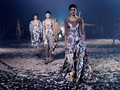 'Tarian' Dior Membuka Paris Fashion Week