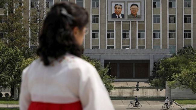 Lembaga pemantau HAM berbasis di New York, Amerika Serikat, HRW membeberkan bagaimana para aparat di Korea Utara melakukan pelecehan seksual.