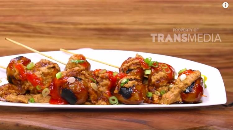 Menu jajanan Jawa Timur ini menyajikan menu bakso dengan sentuhan berbeda dari biasanya.