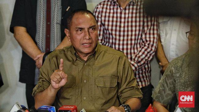 Gubernur Sumut Edy Rahmayadi menegur Walkot Medan Bobby Nasution terkait pelanggaran PPKM Mikro.