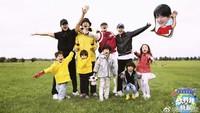 <p>Beberapa waktu lalu aktor sekaligus penyanyi Taiwan ini ikut serta dalam reality show China 'Let Go of My Baby'. Jerry tampil bersama anak-anak yang menggemaskan. (Foto: Instagram/jerryyanindo)</p>