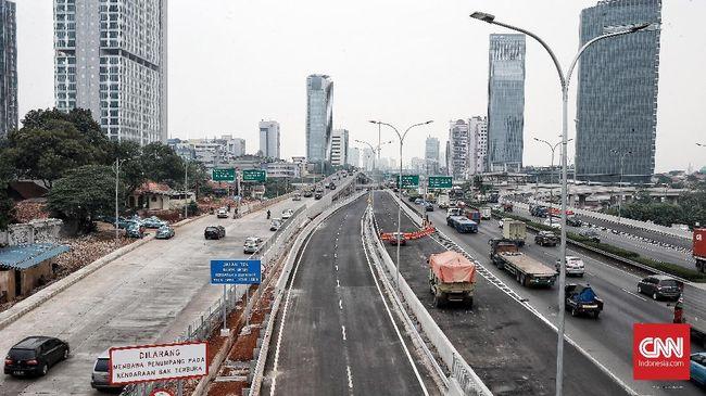 Rencana calon Wakil Presiden Nomor urut 2 Sandiaga Uno mengkaji untuk menggratiskan tarif jalan tol dinilai menambah ketidakpastian bagi sektor swasta.