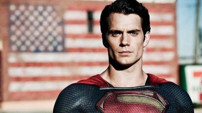 Hal itu dikarenakan tak ditemukannya kesepakatan antara pihak Henry dan Warner Bros.