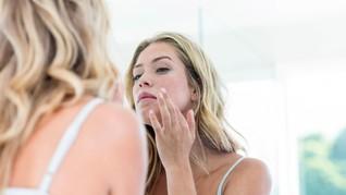 5 Cara Mencegah Dehidrasi Kulit Wajah