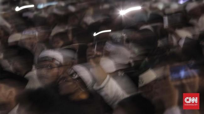 Polisi Bubarkan Massa Haul Syekh Abdul Qadir Jailani