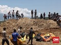 FOTO: Pemakaman Massal Korban Gempa Palu