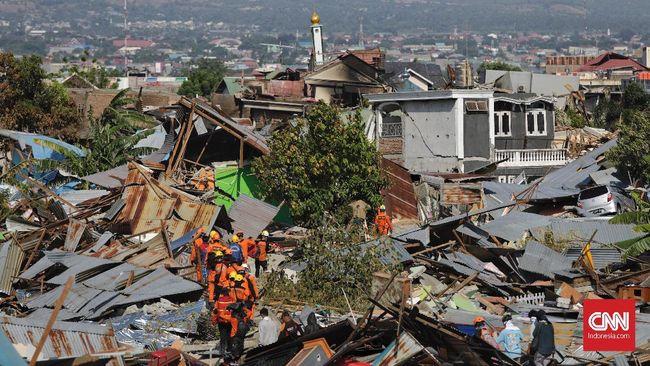 Ribuan BTS sudah beroperasi di seluruh wilayah Sulawesi Tenggah pasca tsunami Palu. Saluran telekomunikasi di Palu berangsur pulih.