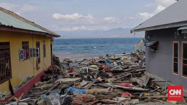Berbagai perangkat bisa digunakan untuk mendeteksi tsunami dan gempa. Salah satunya adalah Tide Gauge.