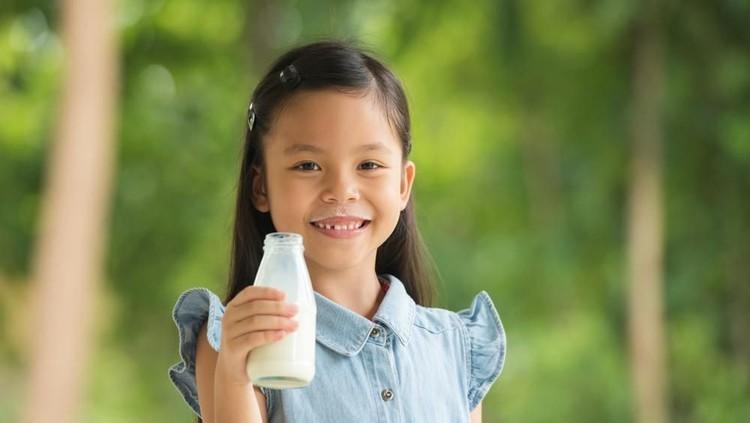 Seperti ini proses pembuatan susu kemasan untuk si kecil, Bun.
