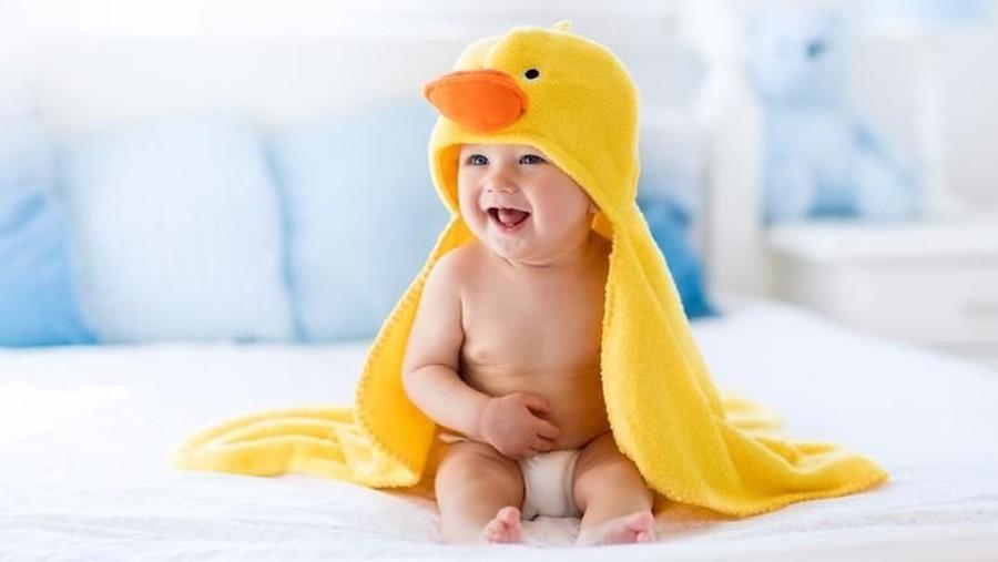 25 Nama Bayi yang Bermakna Cerdas dan Bijak