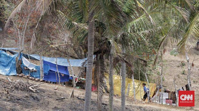Warga pesisir Kalianda, Lampung Selatan masih trauma dengan tsunami Selat Sunda. Mereka berharap pemerintah segera memberi kepastian soal kondisi pasca tsunami.