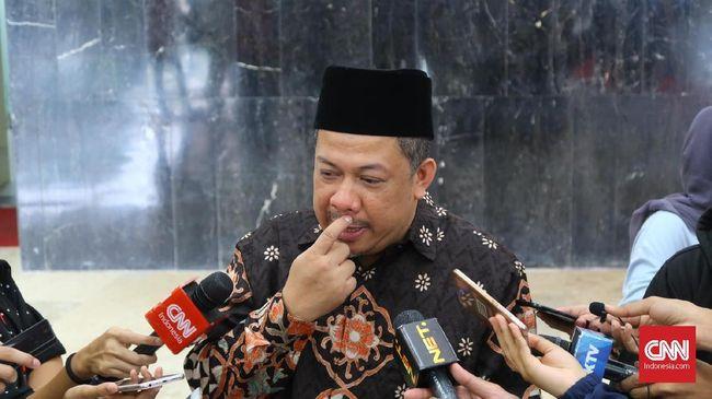Wakil Ketua DPR Fahri Hamzah tak sependapat dengan pernyataan Presiden PKS Sohibul Iman yang memperbolehkan kampanye negatif di Pemilu 2019.
