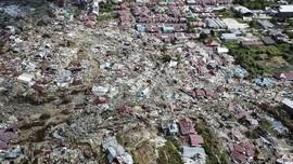 FOTO : Mereka Selamat dari Tanah Ambles Petobo Pascagempa