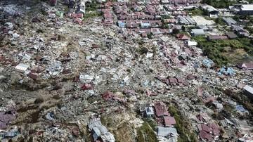Kuburan Massal Gempa Palu Dipadati Peziarah Jelang Ramadan