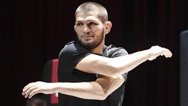 Turun 8,5 kg Seminggu, Khabib Lolos Timbang Badan di UFC 254