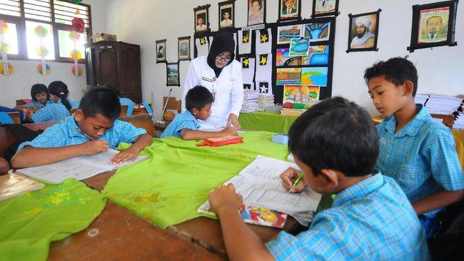 10 Ucapan Selamat Hari Guru Nasional