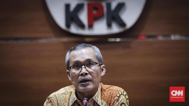 KPK menyatakan penghentian 36 perkara di tahap penyelidikan sudah sesuai dengan Pasal 44 Ayat 3 UU Nomor 30 Tahun 2002 tentang KPK.
