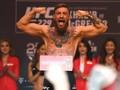 Tantang Wahlberg, McGregor Diajak Tarung Juara Dunia Tinju