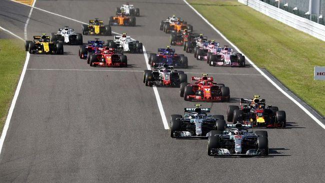 Pebalap Mercedes Lewis Hamilton semakin dekat dengan gelar juara dunia F1 2018 setelah meraih kemenangan pada balapan GP Jepang di Sirkuit Suzuka.