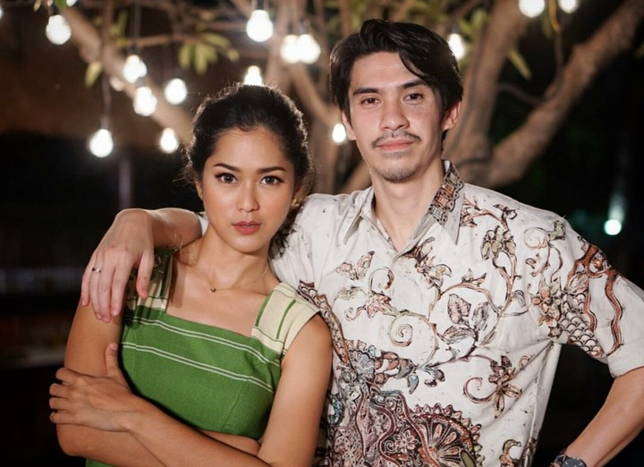 <p>Inilah aktris Prisia Nasution yang sering membintangi berbagai judul FTV juga film layar lebar bersama sang suami, Iedil Putra. (Foto: Instagram/prisia)</p>