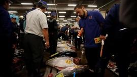 FOTO: Lelang Tuna Terakhir di Pasar Tsukiji