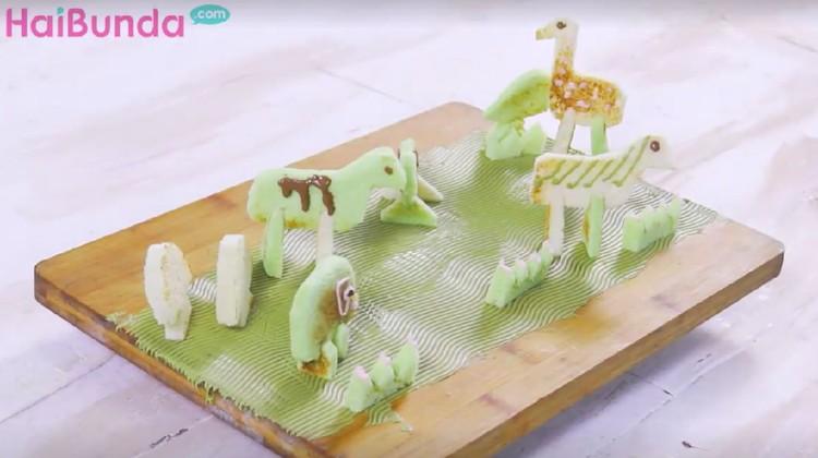 Roti bentuk hewan ini dijamin membuat anak jadi doyan makan karena bentuknya yang lucu-lucu.