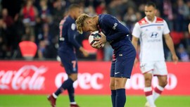 PSG vs Lyon Tampilkan Pesan Simpati untuk Korban Bencana Palu